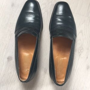 Navy Leather Johnston and Murphy shoes